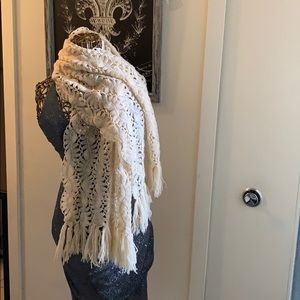 OFFERS ONLY Estate Item - Hand Made Knitted Scarf